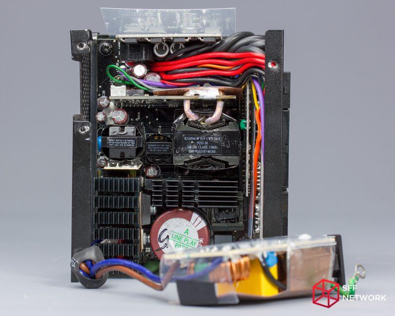 Enermax Revolution SFX 550W ERV550SWT internals