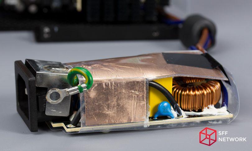 Enermax Revolution SFX 550W ERV550SWT AC filtering