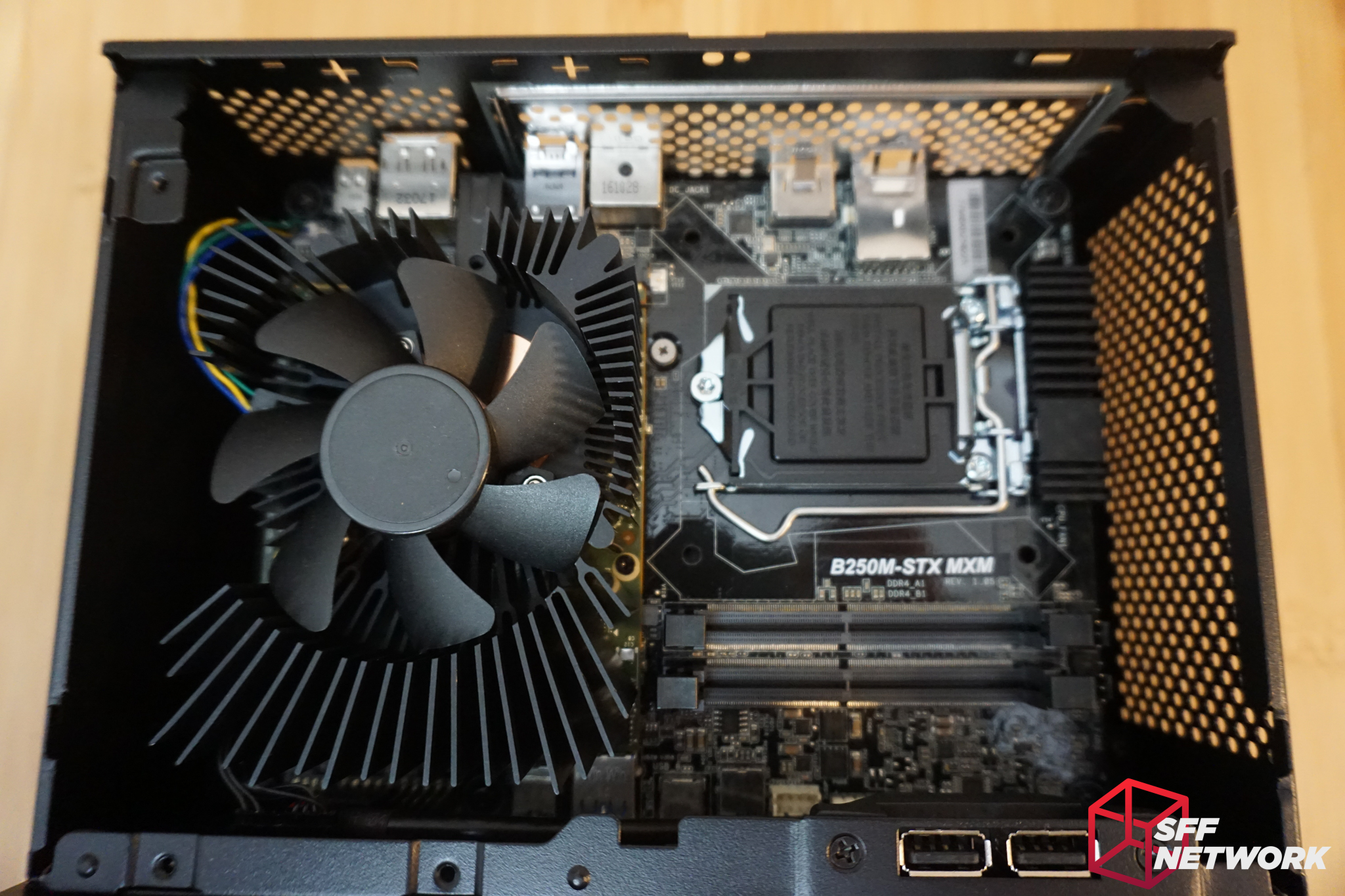 ASRock's DeskMini GTX1080 Reviewed - Epic Performance