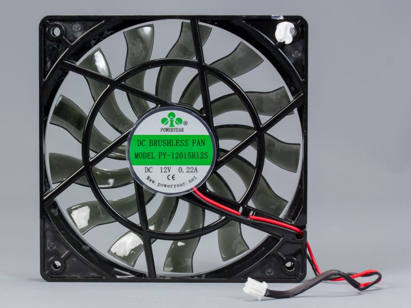 SilverStone-SX700-LPT-review-fan-back