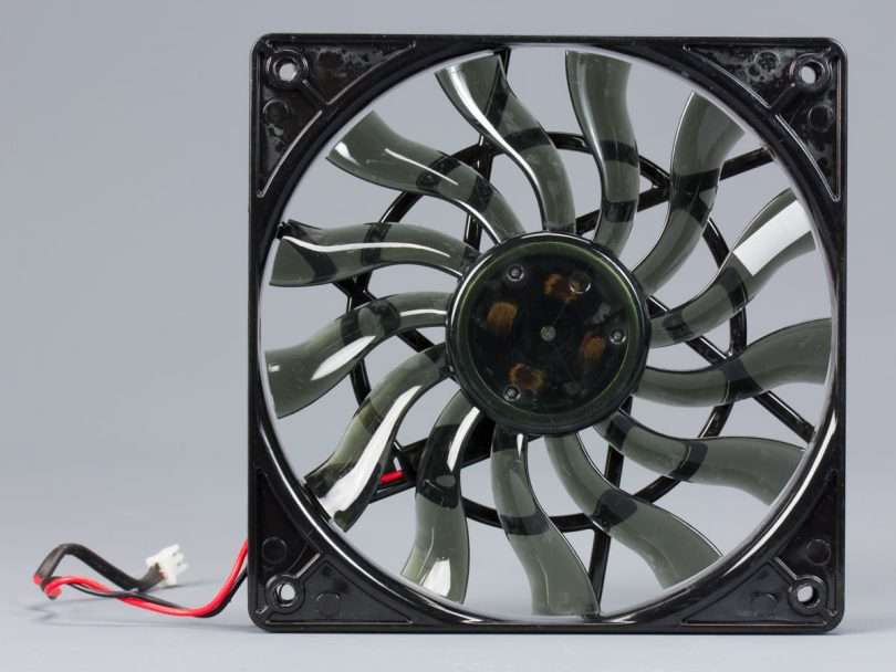 SilverStone-SX700-LPT-review-fan-front