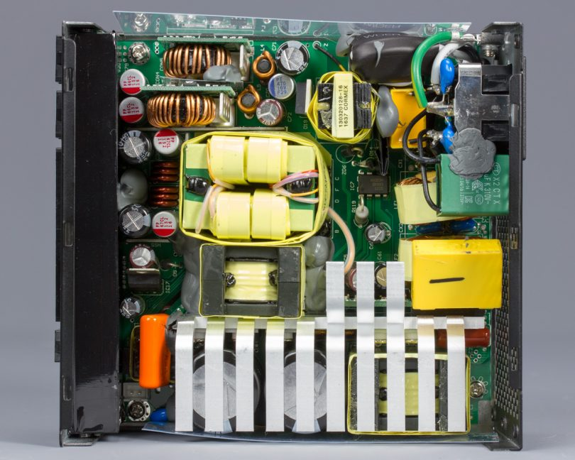 SilverStone SX800-LTI internals